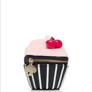 Kate spade magnolia bakery cupcake change purse